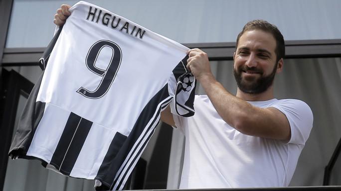 Pipita Day, Higuain avrà il 9. Tifosi Juve in delirio