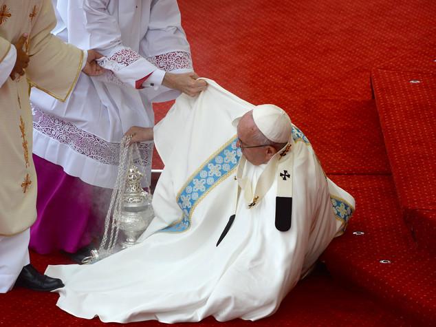 """Il Papa in Polonia, """"non isolatevi"""""""