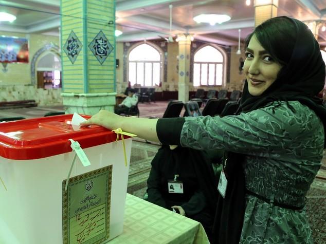 Iran: le prossime elezioni presidenziali il 19 maggio 2017