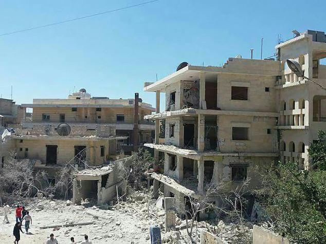 A Idlib feriti neonati in incubatrice