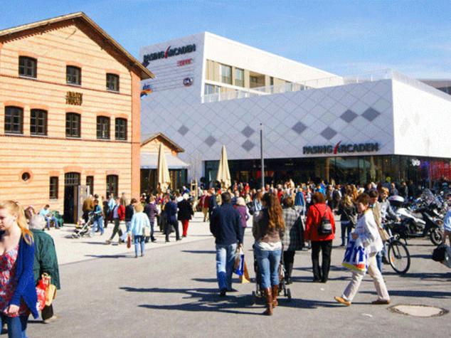 Germania: allarme bomba a Monaco, evacuati stazione e centro commerciale