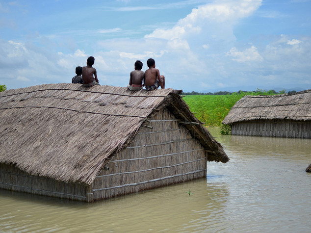 India: several deads, millions affected in floods