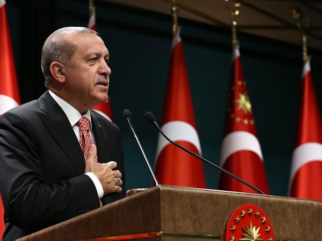 Turchia, Erdogan fa arrestare altri 648 giudici