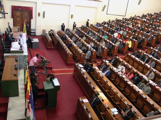 Etiopia: legge esonera pagamento royalty per energia geotermica