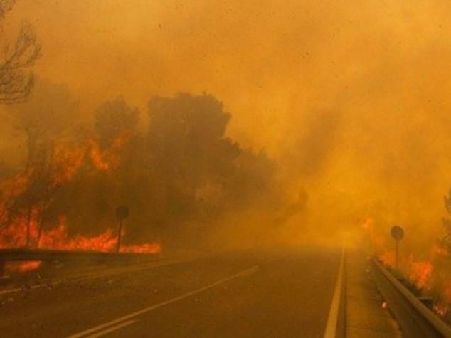 Incendi: roghi su colline di Salerno e in costiera amalfitana