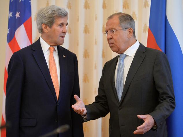 Siria: colloquio Lavrov-Kerry, intensificare lotta a terroristi
