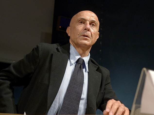 Ong, il caso davanti al Csm. Polemica contro Zuccaro