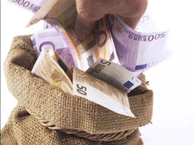 """Evade 300 milioni, nei guai il colosso del poker on line """"Pokerstars"""""""