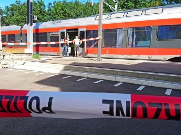 Attacco a treno in Svizzera, morta una passeggera