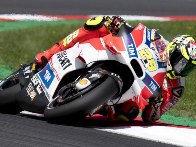 Gp Austria, doppietta Ducati, trionfa Iannone