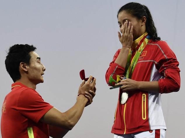 Proposta matrimonio in mondovisione per la cinese He Zi