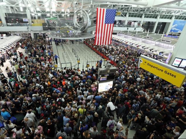 NY,evacuato terminal aeroporto Kennedy