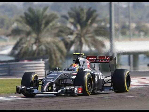 """F. 1: Ferrari, messicano Gutierrez terzo pilota """"e' un onore"""""""