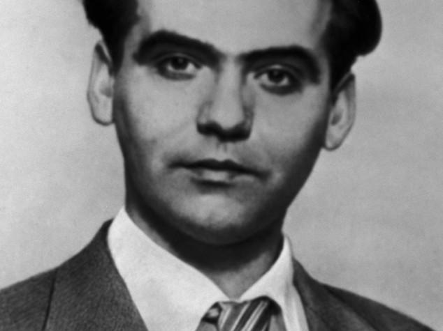 """Giudice riapre caso Garcia Lorca, """"crimine contro l'umanità"""""""