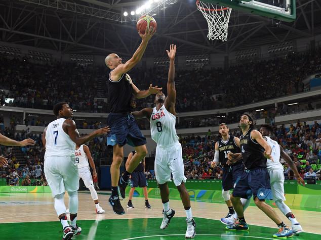 Basket: show Usa, si chiude l'era Argentina