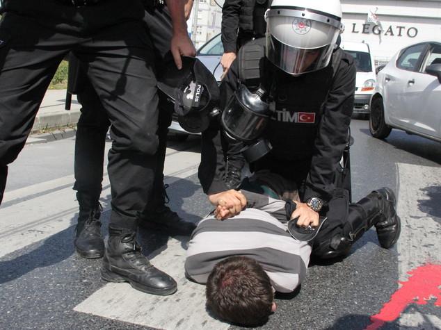 Turchia, 40 mila in custodia cautelare, 20mila detenuti