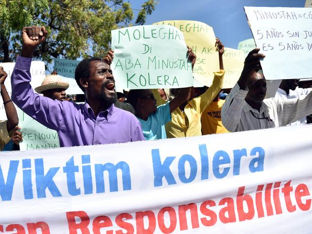 Haiti, Onu fa mea culpa su epidemia colera