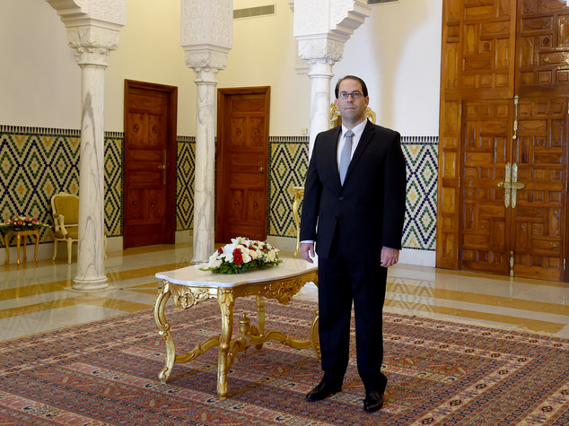 Tunisia: premier designato Chahed, nuovo esecutivo entro 5 giorni