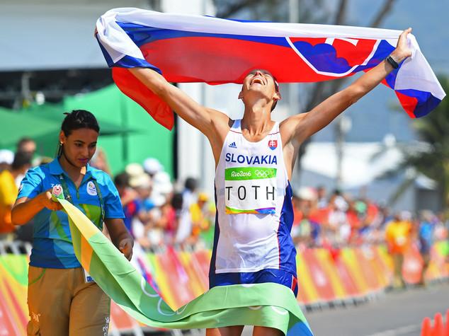 Atletica, slovacco Toth vince l'oro nella 50km marcia