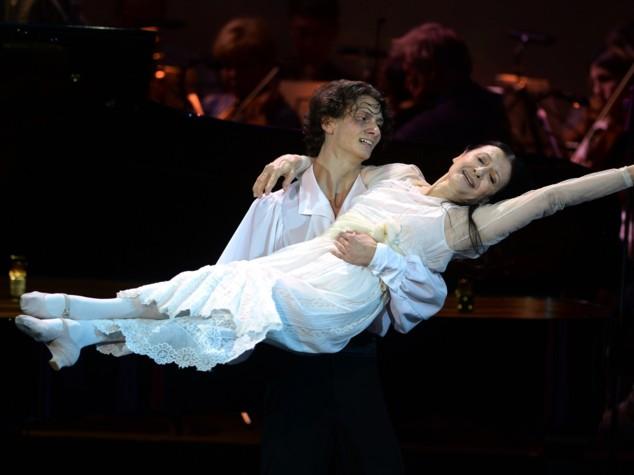 Carla Fracci, 80 anni sulle punte per la regina del balletto
