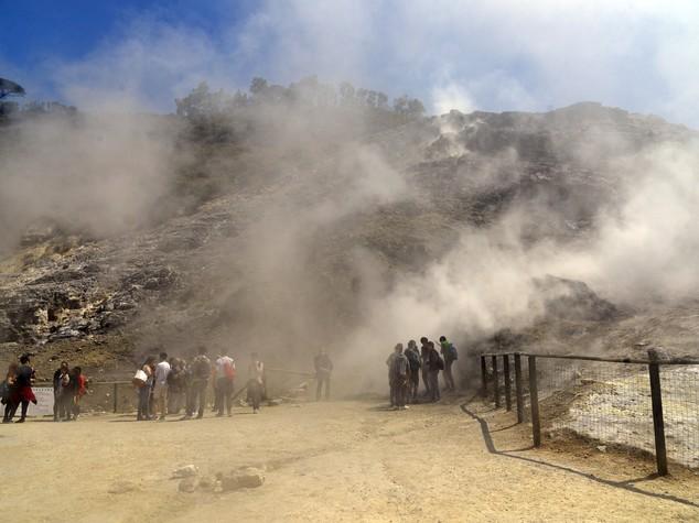 Vulcani:aggiornato piano emergenza per 7 comuni dei Campi Flegrei