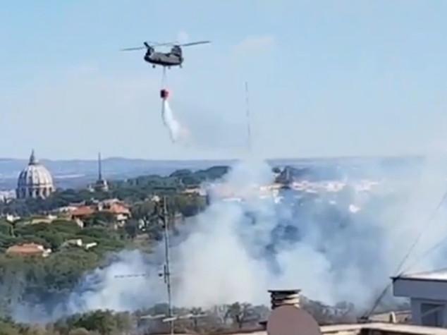 Emergenza incendi a Roma