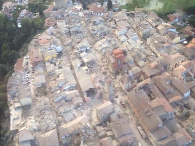 """Protezione civile """"sisma importante, paragonabile all'Aquila"""""""