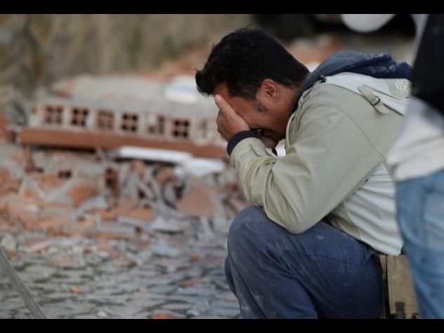 Terremoto Centro Italia: come donare 2€ con un SMS
