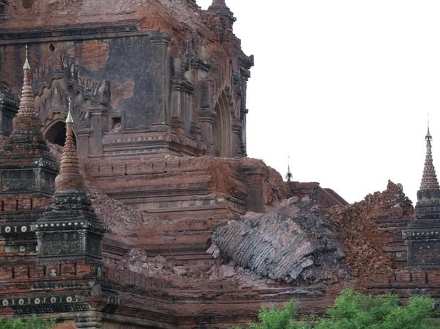 Violento terremoto in Myanmar: 4 morti e oltre 200 templi danneggiati