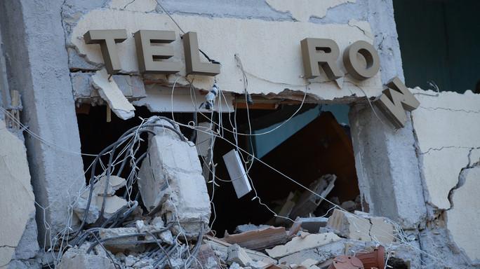 Recuperato sesto corpo sotto l'hotel Roma