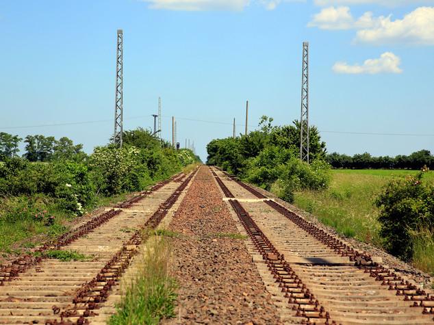 Italian Railway's Italferr signs two new deals in Egypt