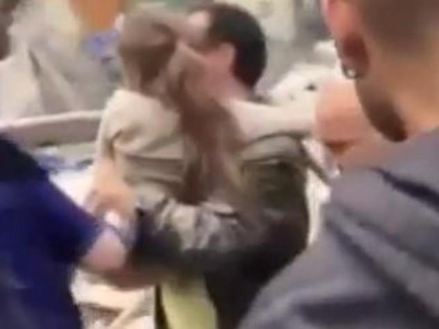 Sta meglio Giorgia, la bimba salvata dal vigile del fuoco di Pesaro