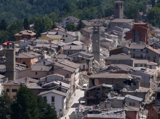 Terremoto, polemiche su sciacalli tra denunce e smentite