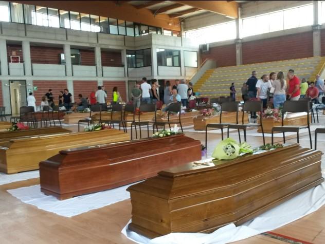Sisma, 267 i morti. Ad Ascoli funeralisolenni