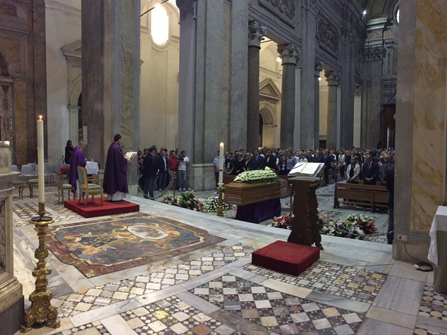 A Roma l'ultimo saluto al figlio del questore di Frosinone
