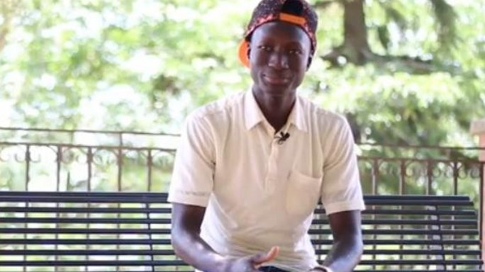 #TuNonSaiChiSonoIo: Alibacarr, dalla prigione in Libia al ristorante in Sicilia -  Video