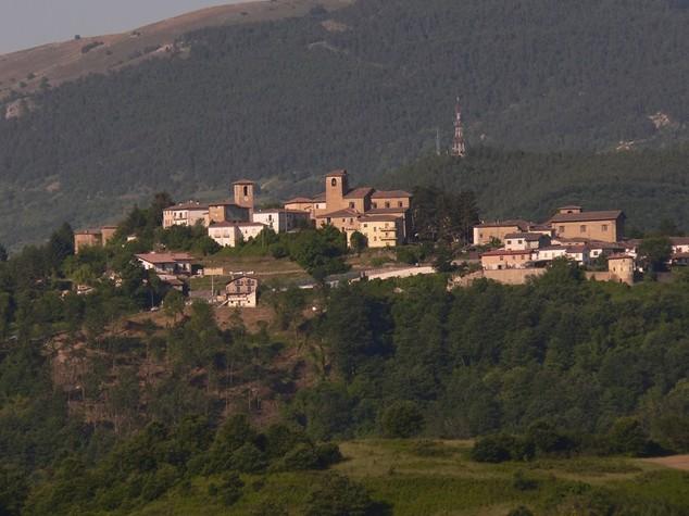 Terremoto: montata tensostruttura Asl per anziani a Montereale