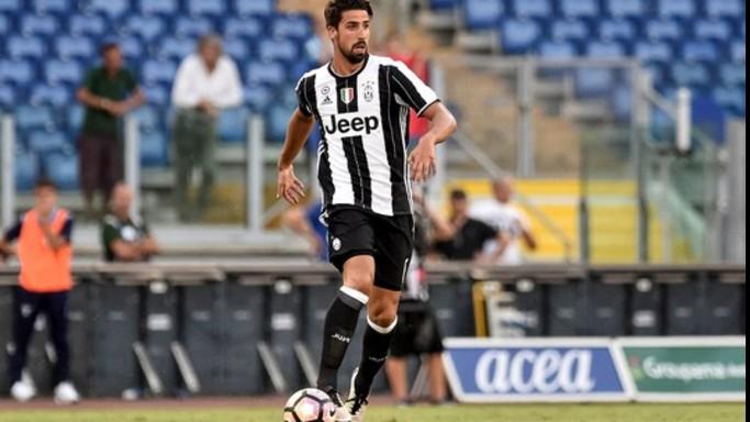 La Juve vince senza sudare, con la Lazio basta Khedira