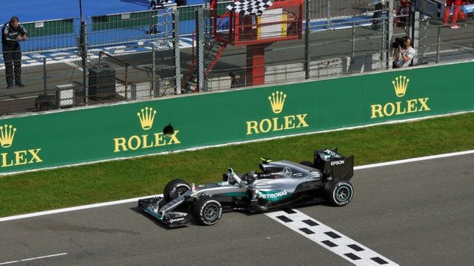 Nico Rosberg trionfa in Belgio