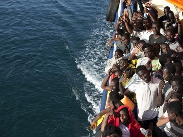 Migranti: domani a Brindisi mercantile norvegese con 720 a bordo