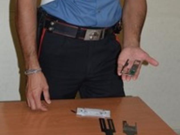 Microcamera per clonare bancomat, 2 arresti a Roma