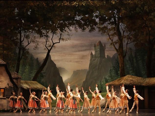 Balletto Scala in Cina con Giselle e Cello Suites