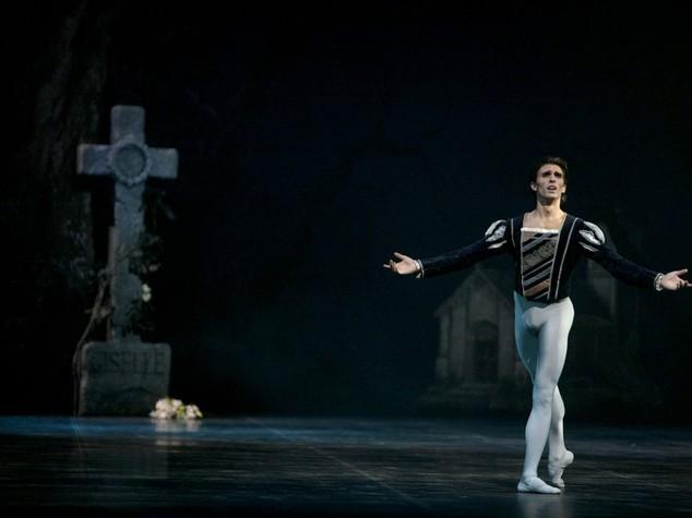 Cina: al via tour Balletto Scala con Giselle e Cello Suites