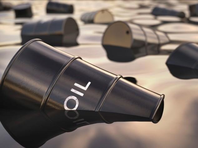 Petrolio: prezzo stabile, Wti sotto 47 dollari