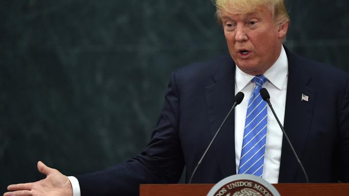 Staff Trump ammette che Obama è nato in Usa