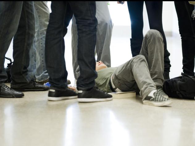 Melito Porto Salvo, stupro di gruppo su minorenne: arresti