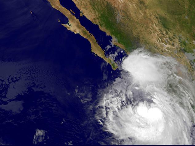 Messico, 3 morti per tempesta Newton. Allerta anche su costa est Usa