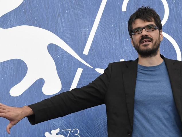 A Venezia applausi e fischi per film italiano 'Piuma'
