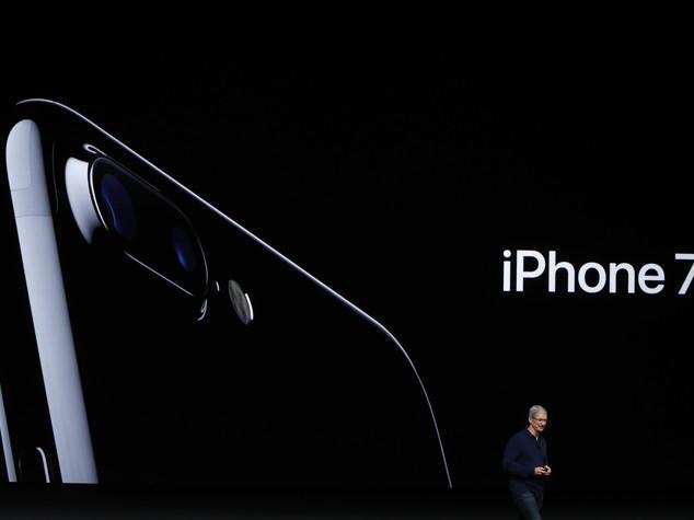 Apple lancia iPhone 7 e Watch 2, wireless e impermeabili -  FOTO e   VIDEO