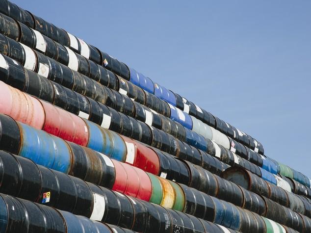 Petrolio: Aie, possibile carenza rifornimenti entro 2020